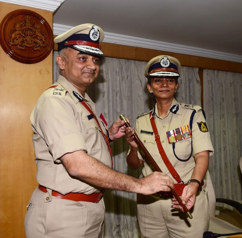 Neelamani N Raju,Neelamani N Raju as Karnataka DG & IGP,Karnataka DG & IGP,First Woman Police Chief