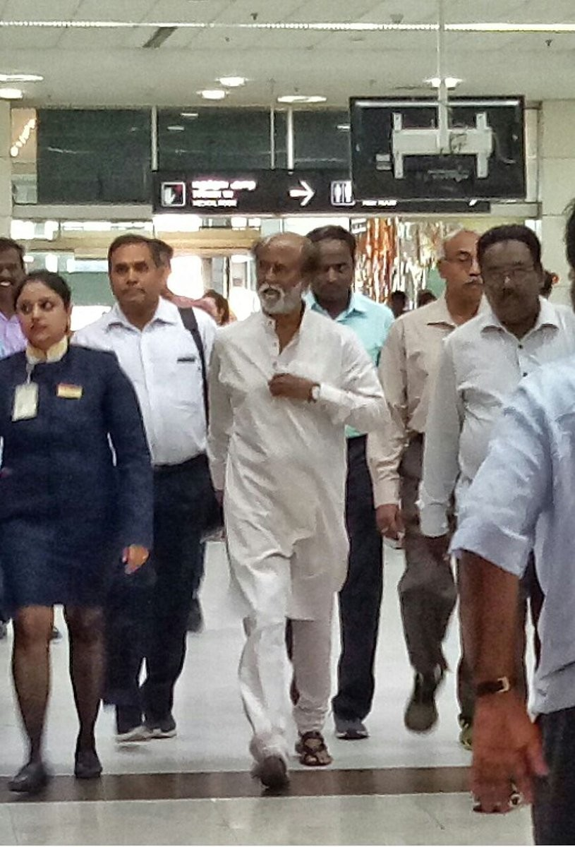 Rajinikanth,Superstar Rajinikanth,Rajinikanth returns to Chennai,Superstar Rajinikanth returns to Chennai,Rajinikanth pics,Rajinikanth images,Rajinikanth Himalayas trip,RajiniMakkalMandram,Rajini Makkal Mandram