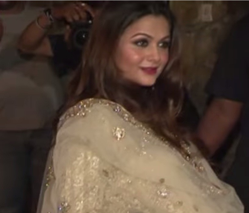 Aishwarya Rai Bachchan, Genelia D'Souza, Kajol and Other Bollywood Celeb Moms who Proudly Flaunts their Post Pregnancy Weight
