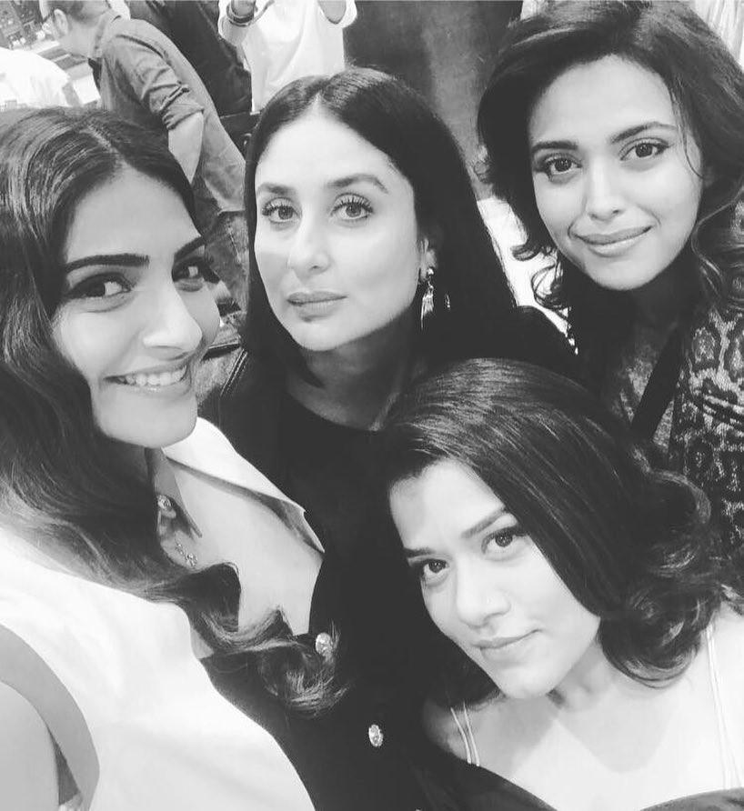 Kareena and Sonam Kapoor,Kareena and Sonam,Kareena,Sonam,Kareena Kapoor,Kareena Kapoor Khan,Sonam Kapoor,Veere Di Wedding,Veere Di Wedding on the sets