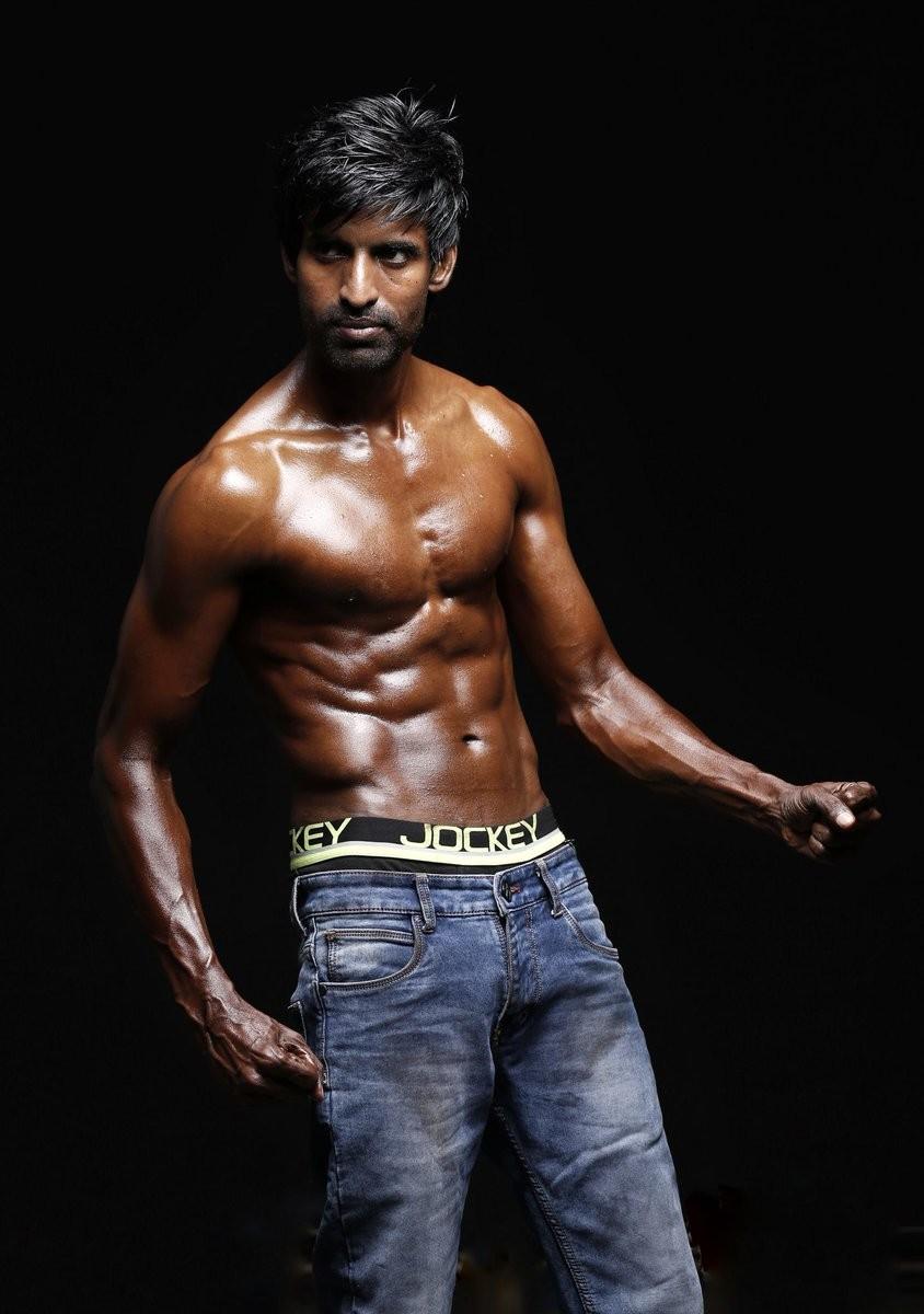 Seema Raja actor Sivakarthikeyan,Sivakarthikeyan,Soori,Soori 6-pack,Soori 6 pack,Soori 6 pack pics,Soori 6 pack images,Soori 6 pack stills,Soori 6 pack pictures,Soori 6 pack photos