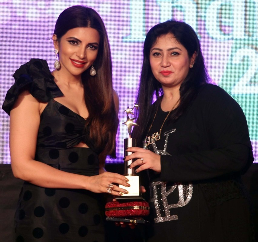 Poonam Pandey,Mouni Roy,Shama Sikander,Bright Perfect Miss India,Bright Perfect Achievers Award 2017