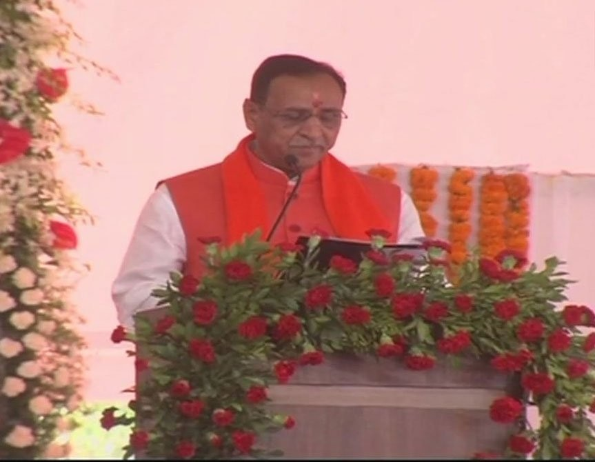 Vijay Rupani,Gujrat CM Vijay Rupani,Vijay Rupani takes oath