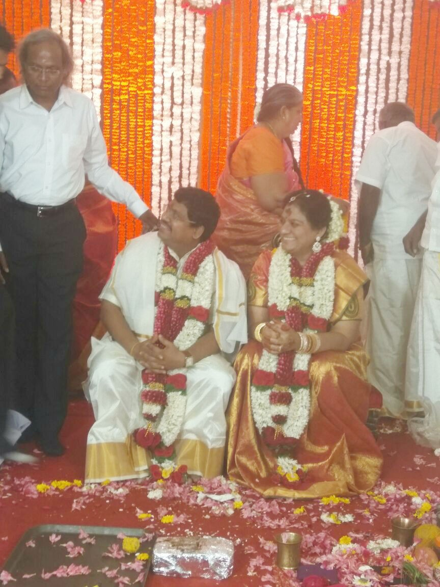 Sasikala Pushpa,Sasikala Pushpa wedding,Sasikala Pushpa marriage,Sasikala Pushpa wedding pics,Sasikala Pushpa marriage pics,Sasikala Pushpa weds Ramaswam,lawyer B Ramaswamy