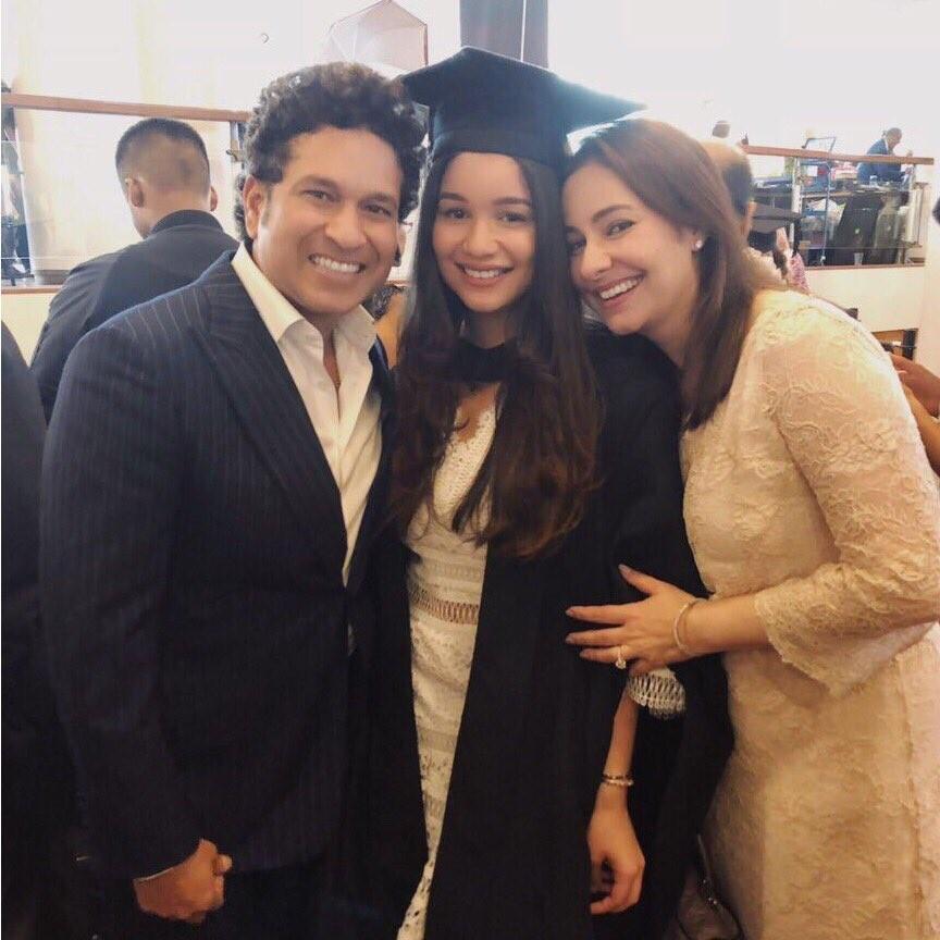 Sachin Tendulkar,Sara Tendulkar,Sara Tendulkar gets UCL graduation,Sara gets UCL graduation,University College London