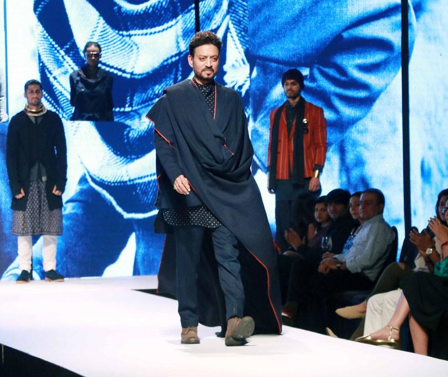 Qarib Qarib Singlle,Irrfan Khan,Irrfan Khan at GQ Fashion Night 2017,GQ Fashion Night 2017,Irrfan Khan walks the ramp,Irrfan Khan ramp walk