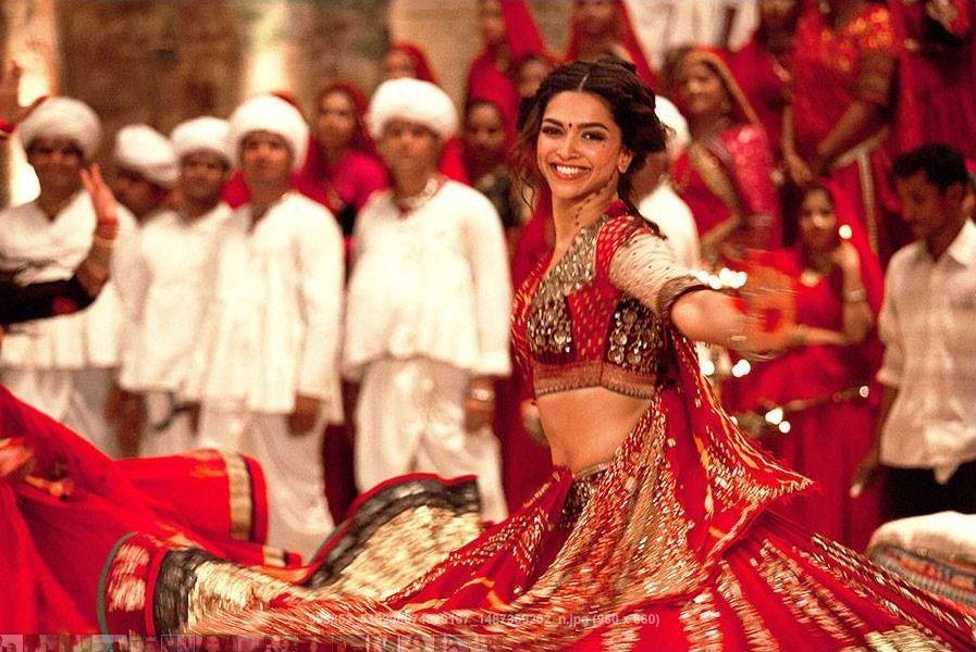 Deepika Padukone in a still from Ram Leela. (DeepikaPadukone/Facebook)