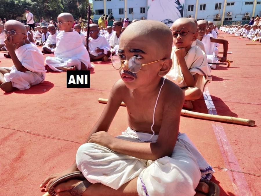 Mahatma Gandhi,Mahatma Gandhi birthday,Gandhi Jayanti,Gandhi Jayanti 2018,Gandhi Jayanti celebration,Gandhi Jayanti celebration pics,Gandhi Jayanti celebration images,Kids as Mahatma Gandhi