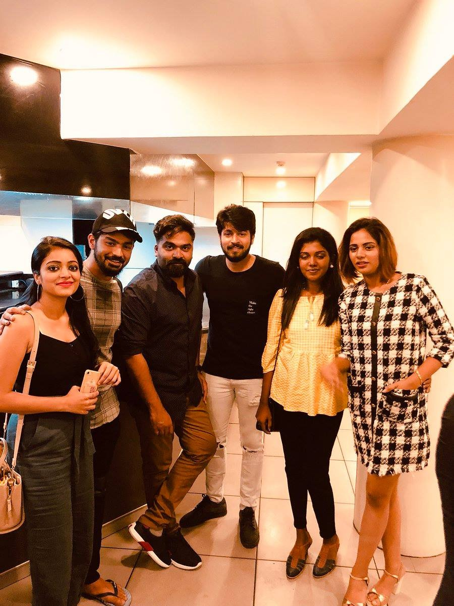 Bigg Boss 2 winner Riythvika,Riythvika,Riythvika meets Simbu,Aishwarya Dutta meets Simbu,Mahat Raghavendra,Janani,Harish Kalyan,Aishwarya Dutta,Bigg Boss 2 winner,Bigg Boss Tamil 2 winner