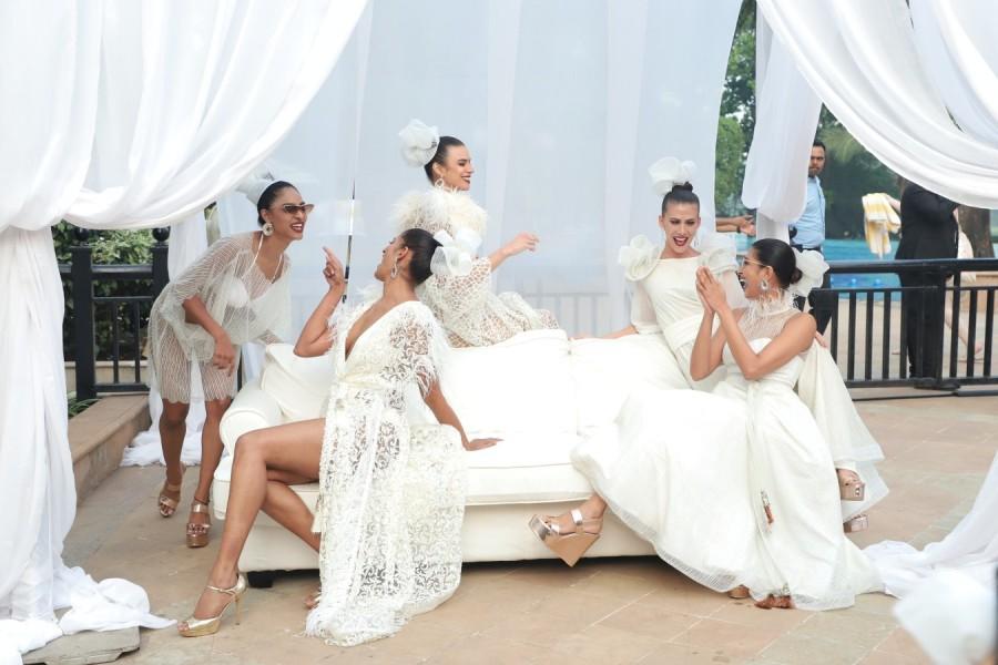 Lake View Café,Pria Kataaria Puri,designer Pria Kataaria Puri,Pria Kataaria Puri fashion,Santorini & La Lumiere collections,Santorini & La Lumiere