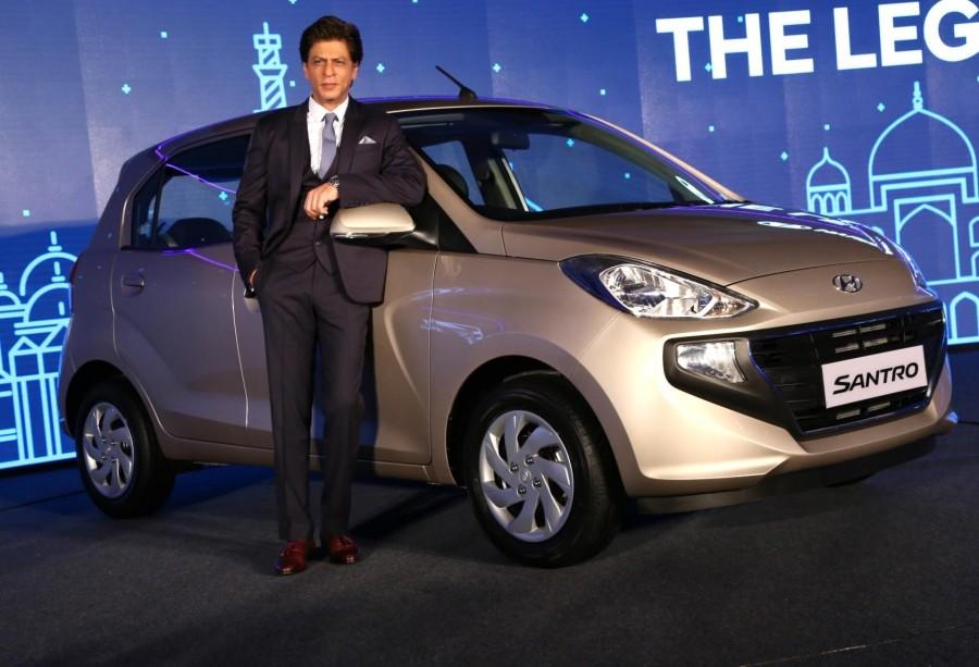 Shah Rukh Khan,actor Shah Rukh Khan,Hyundai ambassador Shah Rukh Khan,Hyundai Santro,New Hyundai Santro,Hyundai Santro 2018,new Hyundai Santro pics,new Hyundai Santro images,new Hyundai Santro stills,new Hyundai Santro pictures,new Hyundai Santro photos