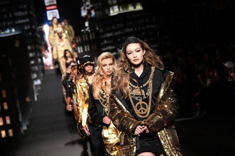 Moschino,Gigi Hadid,bella hadid gigi hadid,Naomi Campbell,H&M,New York City,Fashion House,fashion,Moschino x H&M