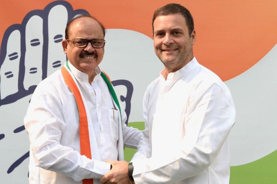 Tariq Anwar joins Congress,Tariq Anwar,Rahul Gandhi,Congress vice president Rahul Gandhi,Tariq Anwar joins INC,Nationalist Congress Party,NCP leader Tariq Anwar