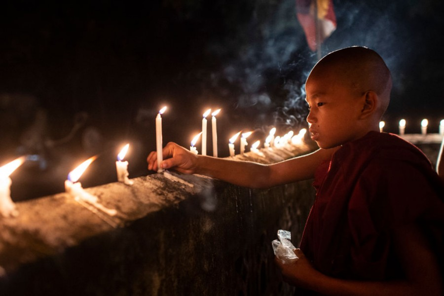 Thadingyut,myanmar,festival of lights,significance of festival of lights,light festival,burma myanmar,full moon day,buddhist lent,buddhism