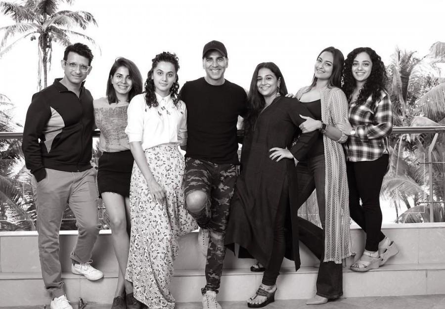 Akshay Kumar,Akshay Kumar Mission Mangal,Mission Mangal,Mission Mangal star cast,Taapsee Pannu,Vidya Balan,Sonakshi Sinha