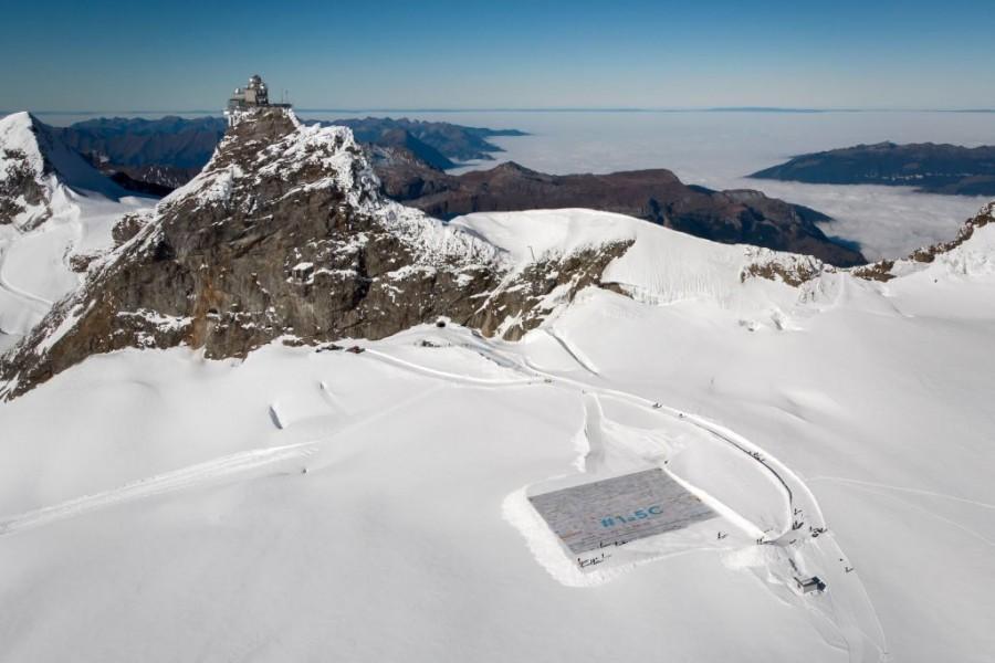 Switzerland,Switzerland World Record,World Record,Giant Poster World Record.,swiss alps,Jungfraujoch,Aletsch Glacier,Guinness World Records