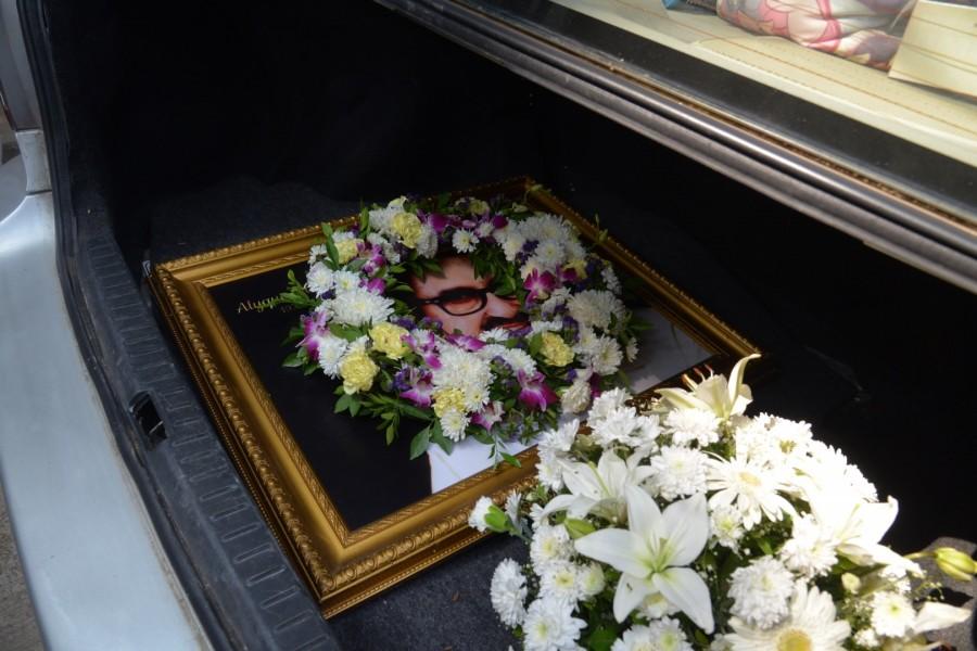 Alyque padamsee died,alyque padamsee passed away,alyque padamsee,Sharon Prabhakar,Shazahn Padamsee,Bollywood Artist,Bollywood