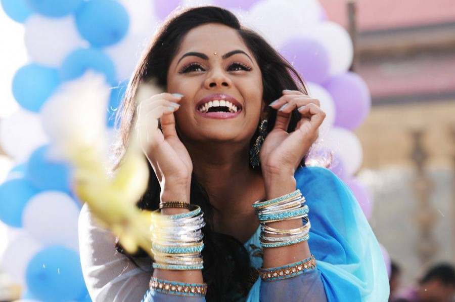 Karthika Nair,actress Karthika Nair,Karthika Nair pics,Karthika Nair images,Karthika Nair photos,Karthika Nair stills,Karthika Nair hot pics,hot Karthika Nair,Karthika Nair in Vaa Movie,Vaa movie stills,Vaa movie pics,Vaa movie images,Vaa movie photos