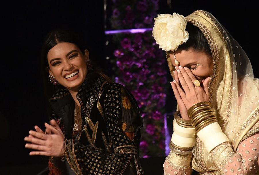 Mehr Jessia,Diana Penty,Blenders Pride,Blenders Pride Fashion,Fashion,Bollywood Fashion,Fashion in Bollywood,Gaurav Gupta