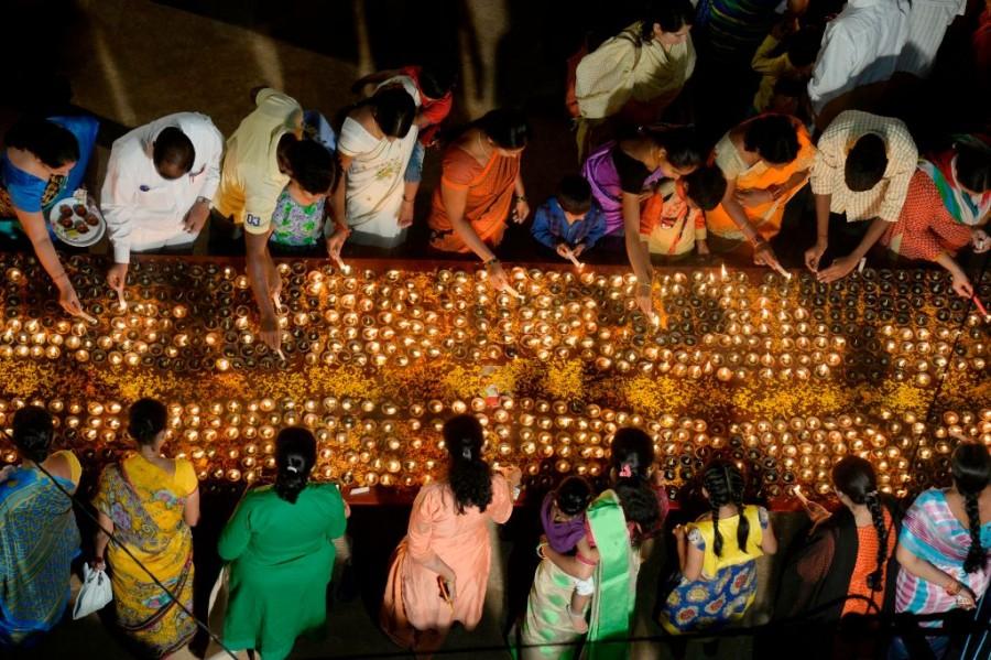 Kartika Pournami,Lord Shiva,lord shiva festival,Indian Festival,Full Moon Day,Earthen Lamps,Festivals In India,Amazing Festivals In India