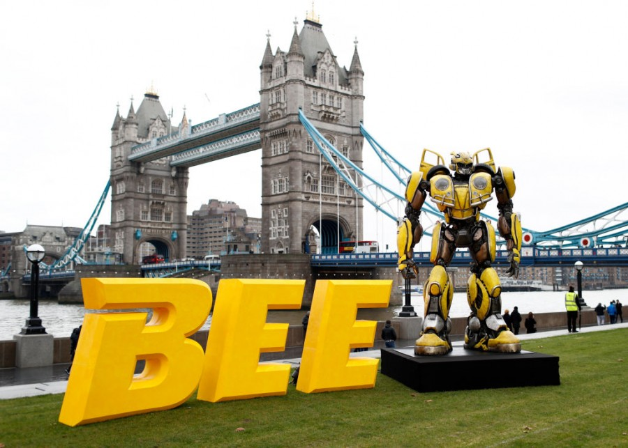 Bumblebee movie,bumblebee movie details,bumblebee transformers,Transformers,Transformers Spin-Off,John Cena,hailee steinfeld,Michael Bay,TRavis Knight