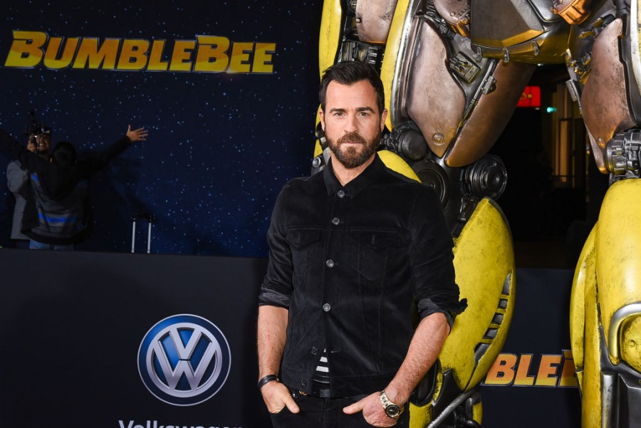 Bumblebee movie,bumblebee movie details,Transformers,Autobots,Decepticon,John Cena,hailee steinfeld,Angela Bassett