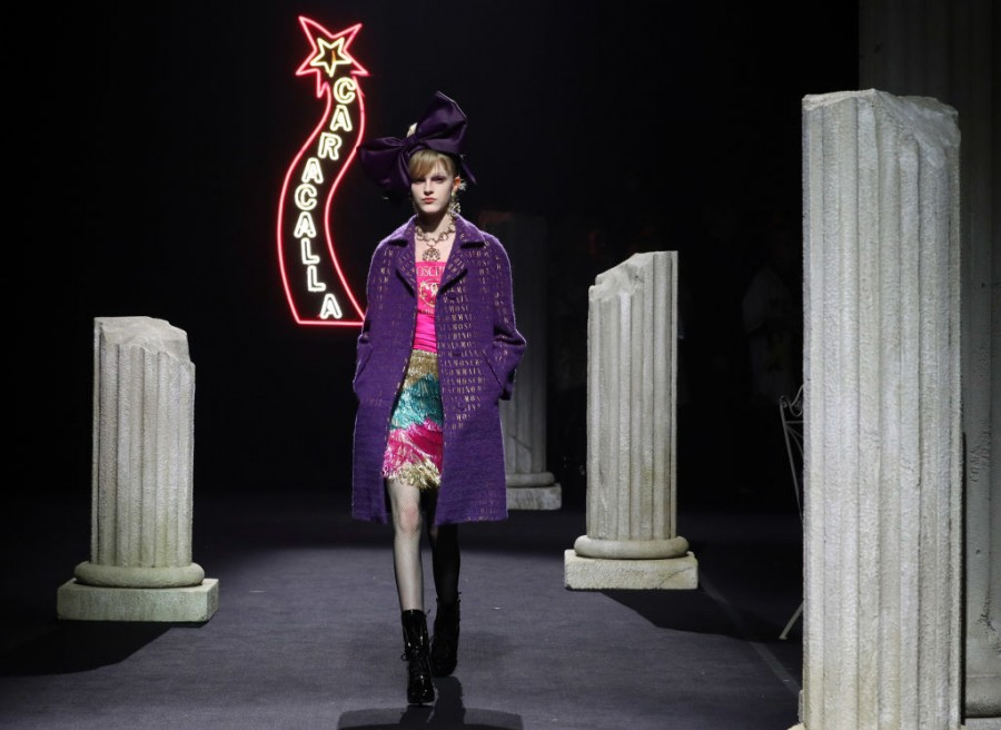 Jeremy Scott,Jeremy Scott Moschino,Fellini,Roman,Italian Fashion,Moschino,Moschino Italy,Autumn/Winter Collection,Fashion By Moschino