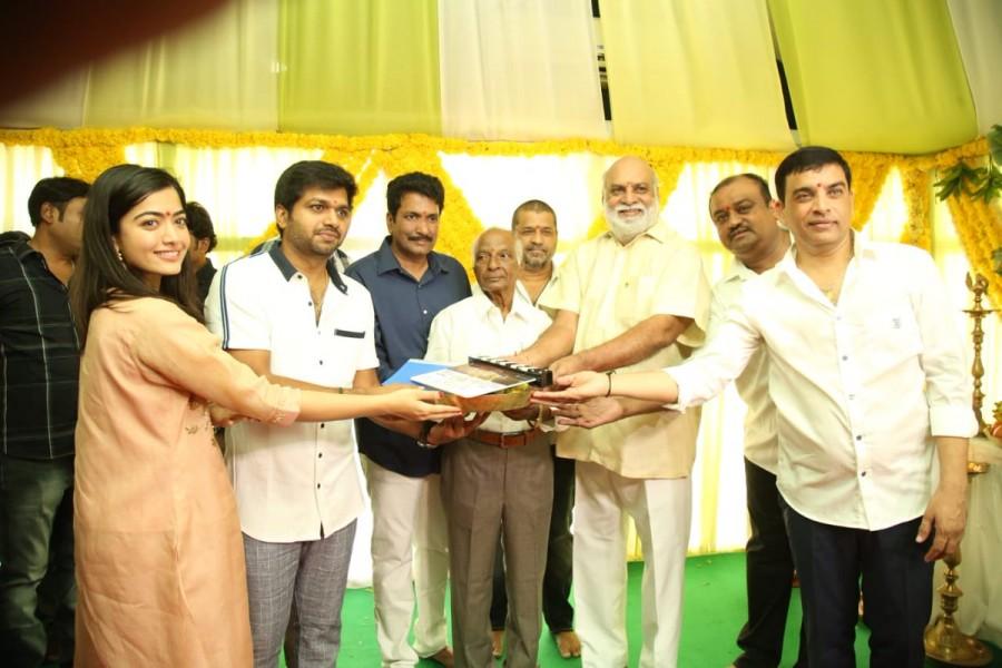 Mahesh Babu 26th movie launch photos,Sarileru Neekevvaru opening ceremony pictures,Mahesh 26 muhurat pics and stills,actress Rashmika Mandanna,director Anil Ravipudi,Rashmika Mahesh 26 launch pics,Anil Ravipudi Mahesh 26 launch pics