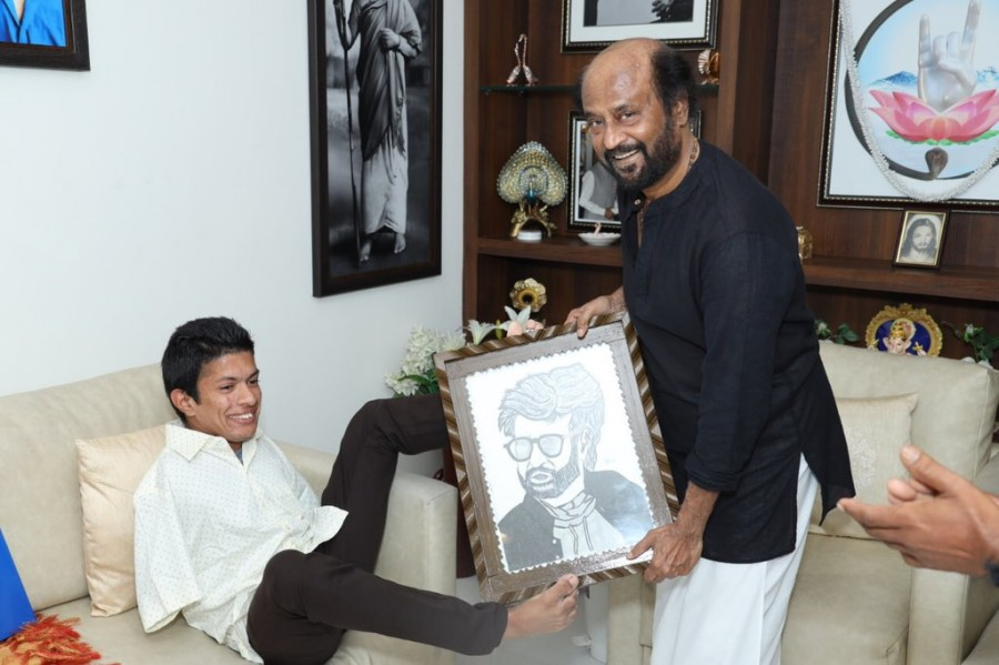 Rajinikanth,different abled pranav,pranav,rajinikanth meets pranav