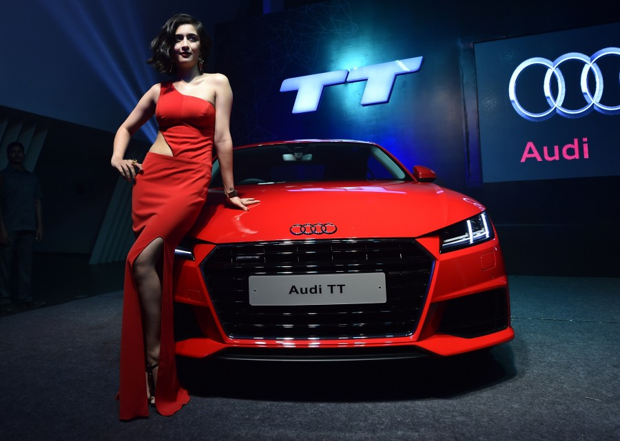 Akshara haasan,akshara haasan photos,audi,audi showoom,celebs at audi chennai showroom,Akshara Haasan at Audi Showroom Chennai.
