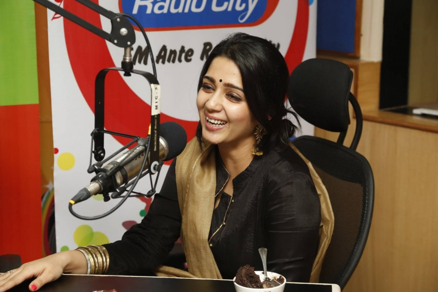 Charmi Kaur,actress Charmi Kaur,Jyothi Lakshmi,Charmi Kaur Promoting Jyothi Lakshmi movie at Radio City,Charmi Kaur at Radio City,Charmme Kaur,actress Charmme Kaur