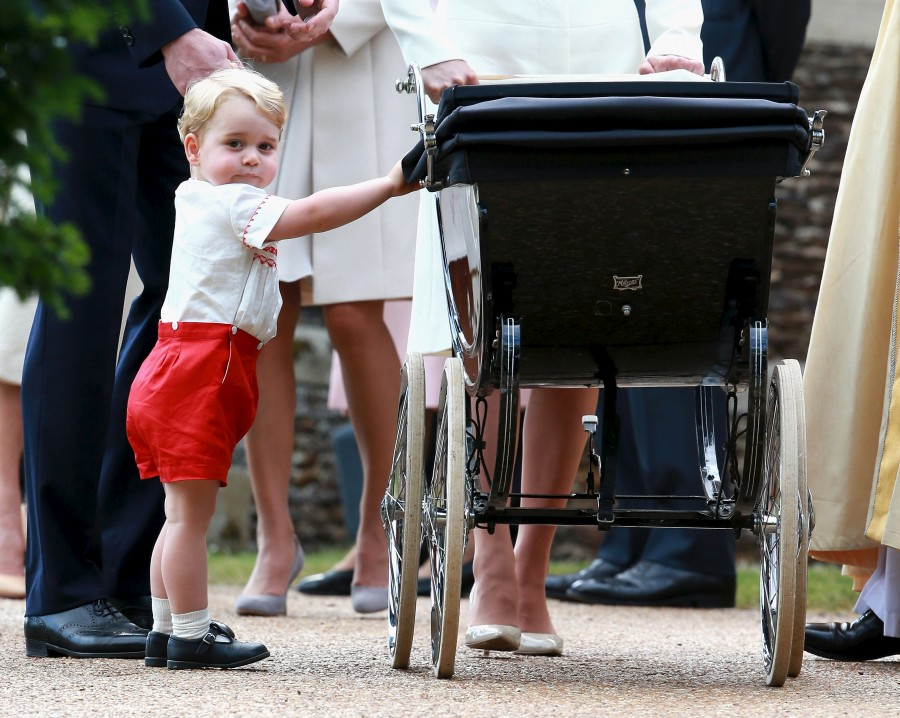 Prince George,Prince George new photos,Prince George photos,cute Prince George photos,princess charlotte christening