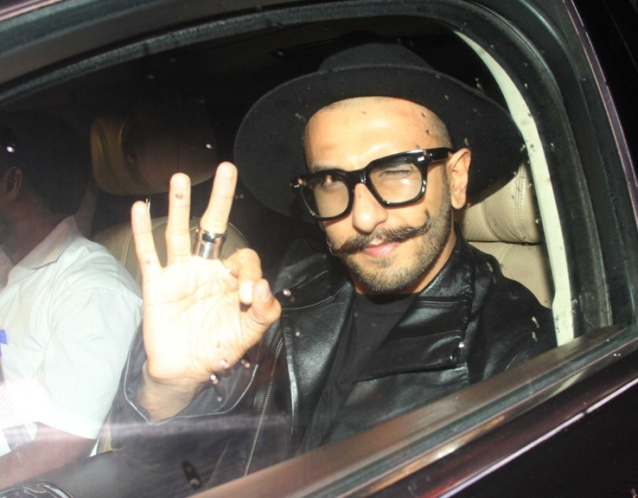 Ranveer Singh,Ranveer Singh at Priyanka Chopra's Birthday Bash,Actor Ranveer Singh,Priyanka Chopra's Birthday Bash,Priyanka Chopra Birthday celebration,Priyanka Chopra's Birthday Bash pics,Priyanka Chopra's Birthday Bash images,Ranveer Singh latest pics,R