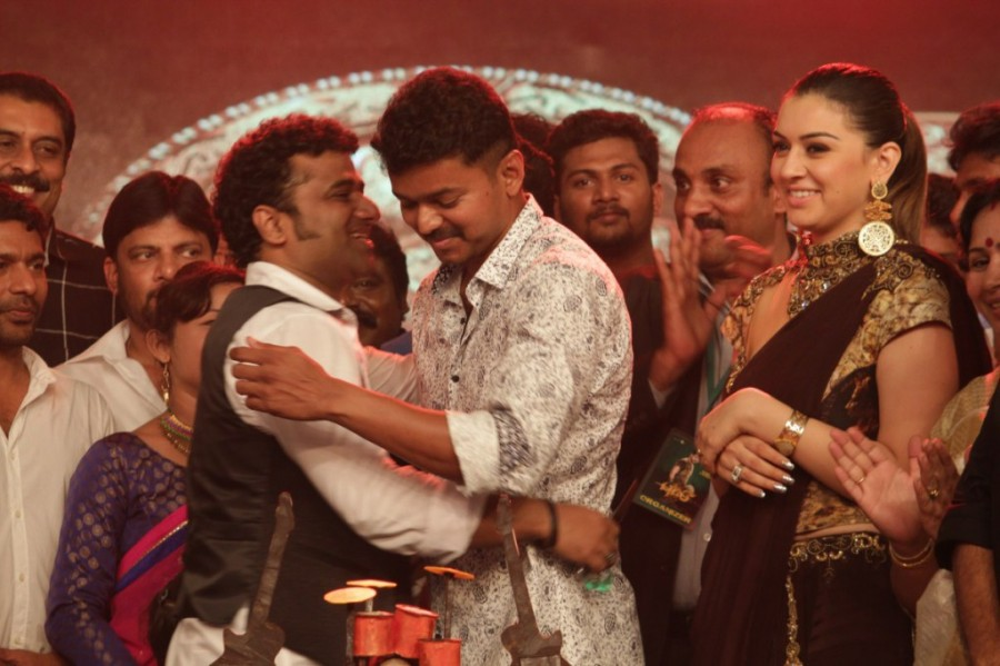 Devi Sri Prasad celebrates Birthday with Vijay,Hansika and Puli Team,Devi Sri Prasad birthday celebration,Devi Sri Prasad birthday,vijay,Hansika,Puli Team,Puli audio launch,Puli music launch,Devi Sri Prasad