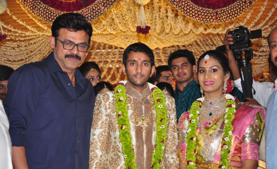 Adiseshagiri Rao son wedding,Adiseshagiri Rao son wedding respection,Adiseshagiri Rao son marriage,Mahesh Babu,Chiranjeevi,Allari Naresh,Rajendra Prasad,Venkatesh,Gopichand,Mohan Babu,Murali Mohan,Allu Aravind