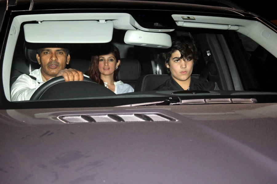 Akshay Kumar,Nimrat Kaur,Akshay Kumar and Nimrat Kaur,Airlift special screening at Yash Raj studios,Airlift special screening,celebs at Airlift special screening
