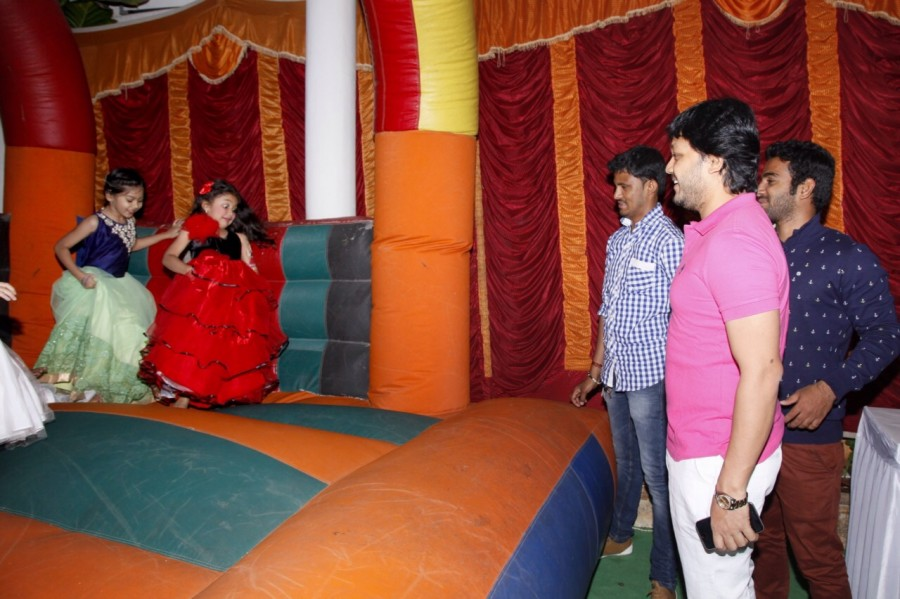 Kannada actor Ganesh daughter photos,Ganesh Shilpa daughter birthday pictures,Ganesh's daughter Charithriya birthday images,Ganesh daughter charithrya birthday pics,Ganesh daughter charithriya birthday images