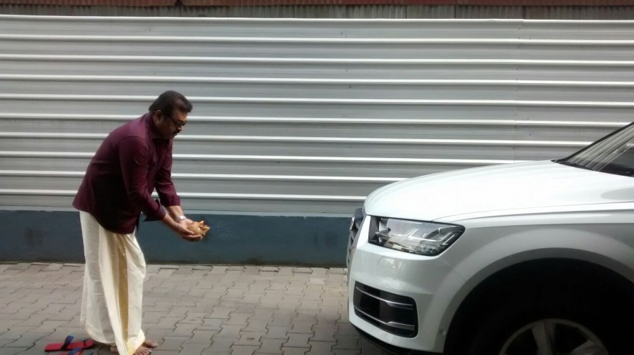 Asif ali,asif ali car,asif ali audi Q7,actors with audi Q7,audi Q7 owners,celebs having audi Q7,celebrities and cars,Malayalam celebrities cars