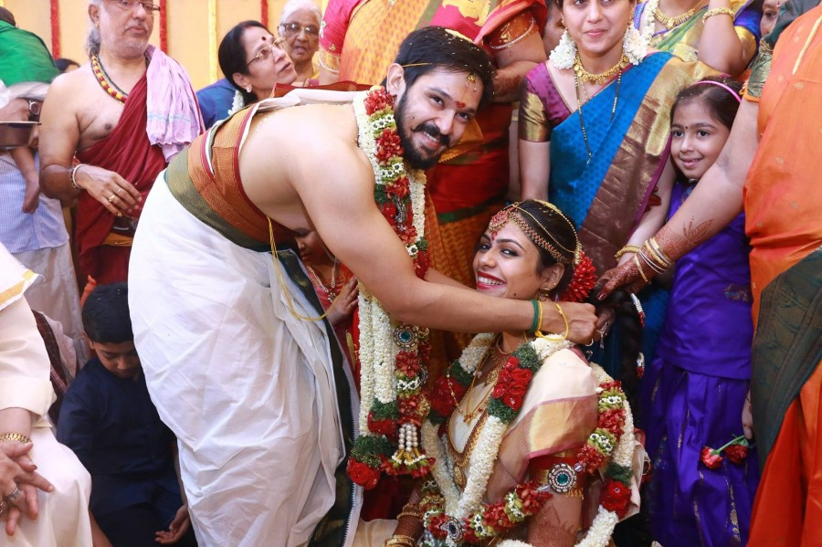 Nakul,actor Nakul,Nakul wedding,Nakul wedding pics,Nakul wedding images,Nakul wedding stills,Nakul marriage,Nakul marriage pics,Nakul marriage images,Nakul marriage stills,Nakul marriage pictures,Nakul weds Sruti Bhaska