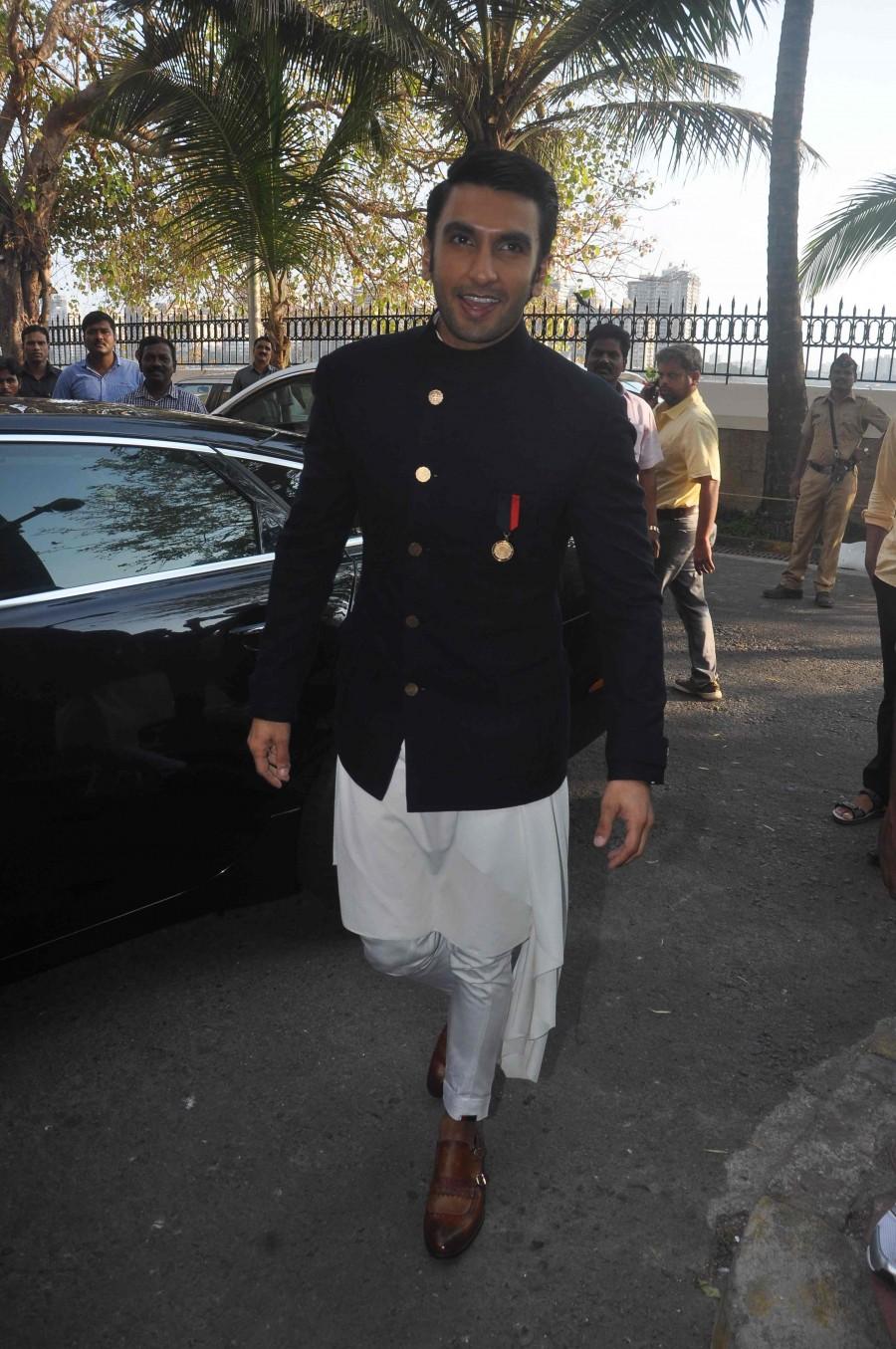 Ranveer Singh,Ranveer Singh feted as 'Maharashtrian Of The Year',Ranveer Singh as Maharashtrian Of The Year,Maharashtrian Of The Year