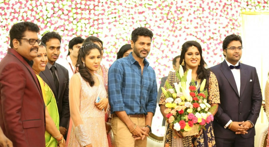 Director KS Ravikumar daughter Maalica Wedding Reception,Director KS Ravikumar daughter Maalica Wedding,KS Ravikumar daughter Maalica Wedding,Kamal Haasan,Prabhu Deva,Sudeep,Srikanth,Vandhana,AVM Saravanan,P Vasu,Akshara Haasan,Bobby Simha,Goundamani,Vish