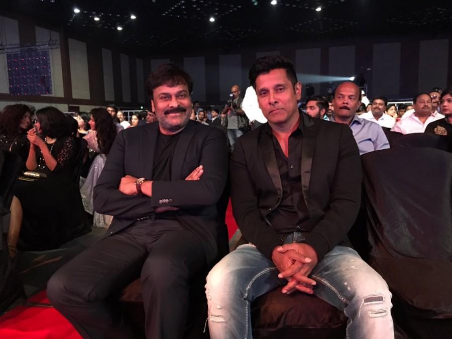 Allu Arjun,Allu Arjun at Filmfare Awards 2016,Allu Arjun at Filmfare Awards,Filmfare Awards 2016,Filmfare Awards,Filmfare Awards 2016 winners,61st Britannia Filmfare Awards,Filmfare Awards pics,Filmfare Awards images,Filmfare Awards photos,Filmfare Awards