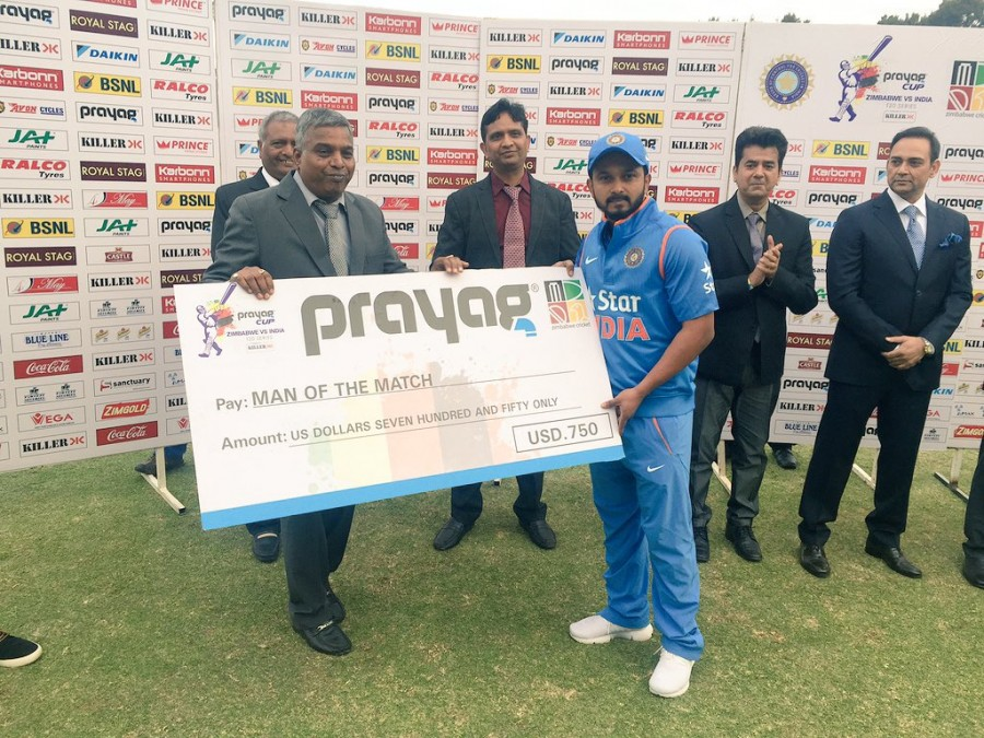 India,India v Zimbabwe,India beat Zimbabwe,T20I,India edge out Zimbabwe by 3 runs,Dhoni,Sran,T20 International,Elton Chigumbura,Kedar Jadhav