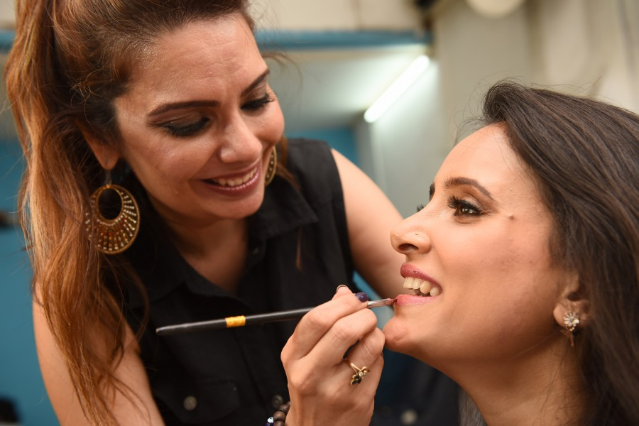 Smita Gondkar,Pinky Asnani (PAM),Shweta Khanduri,makeup  tips,makeup,makeup artist,Monsoon Makeup tips,SPA,PAM Saloon