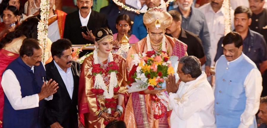 Yaduveer Chamraja Krishnadatta Wodeyar,Mysore Maharaja Yaduveer Chamraja Krishnadatta Wodeyar wedding pictures,Yaduveer Chamraja Krishnadatta Wodeyar wedding pictures,Yaduveer Chamraja Krishnadatta Wodeyar wedding pics,Yaduveer Chamraja Krishnadatta Wodey