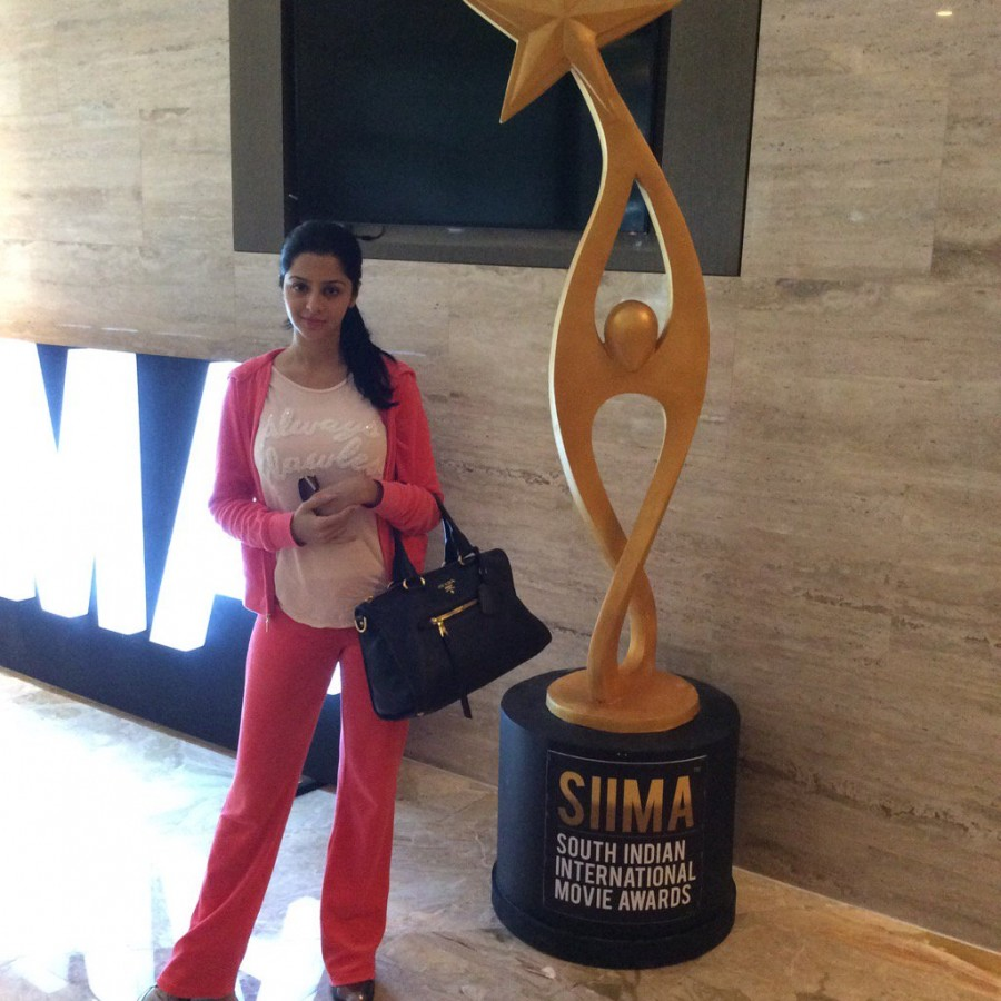 SIIMA Awards,SIIMA Awards 2016,SIIMA Awards 2016 live,SIIMA Awards winners,Anirudh Ravichander,Pranitha Subhash,Hansika Motwani,Khush Sundar,Vedhika,Shruti Sodhi,Pragya Jaiswal,Shubra Aiyappa,Sayyeshaa,Amyra Dastur,Devi Sri Prasad,Ali,Usha Uthup,SIIMA Awa