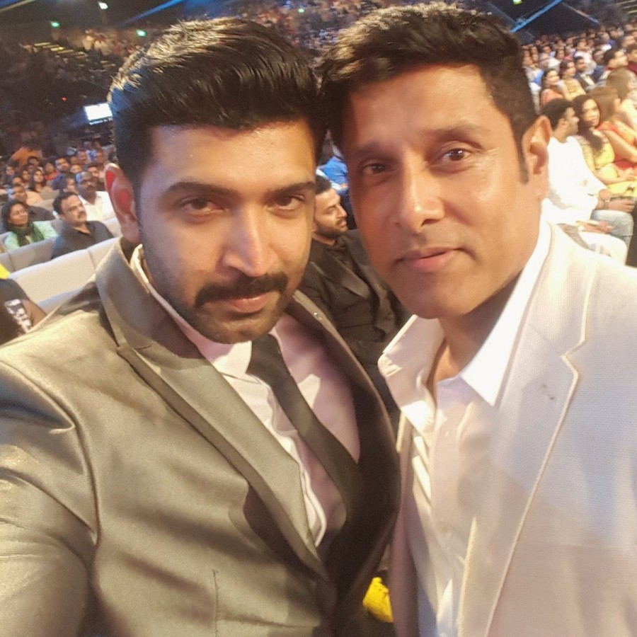 Chiyaan Vikram at SIIMA,Chiyaan Vikram at SIIMA 2016,Vikram at SIIMA 2016,Vikram at SIIMA,Vikram,Chiyaan Vikram,Vikram pics,Vikram images,Vikram photos,Vikram stills,Vikram pictures