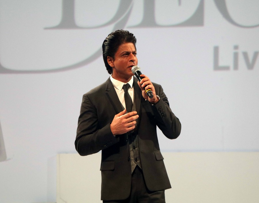 Sharukh Khan,Sharukh Khan launches D'Decor's digital interface D'Assist,D'Decor's digital interface D'Assist,D'Decor's,D'Assist,Shah Rukh Khan,Shah Rukh Khan latest Pics,SRK,Shah Rukh Khan latest images,Shah Ru