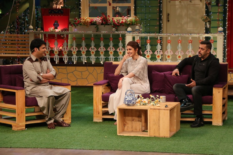 Salman Khan,Anushka Sharma,Salman Khan,Anushka Sharma promote Sultan movie on 'The Kapil Sharma Show',Salman Khan at The Kapil Sharma Show,Suttan on The Kapil Sharma Show,Sultan movie promotion,Sultan promotion pics,Sultan promotion images,Sult