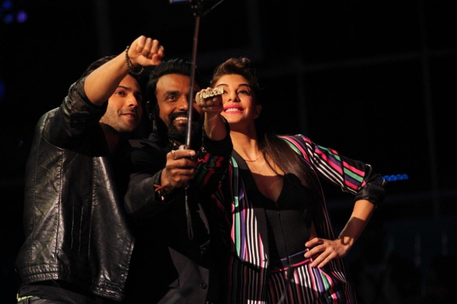 Dishoom Promotion,Varun Dhawan,Jacqueline,Remo D'souza,Varun Dhawan & Jacqueline,Dishoom Promotion pics,Dishoom Promotion images,Dishoom Promotion photos,Dishoom Promotion stills,Dishoom Promotion pictures